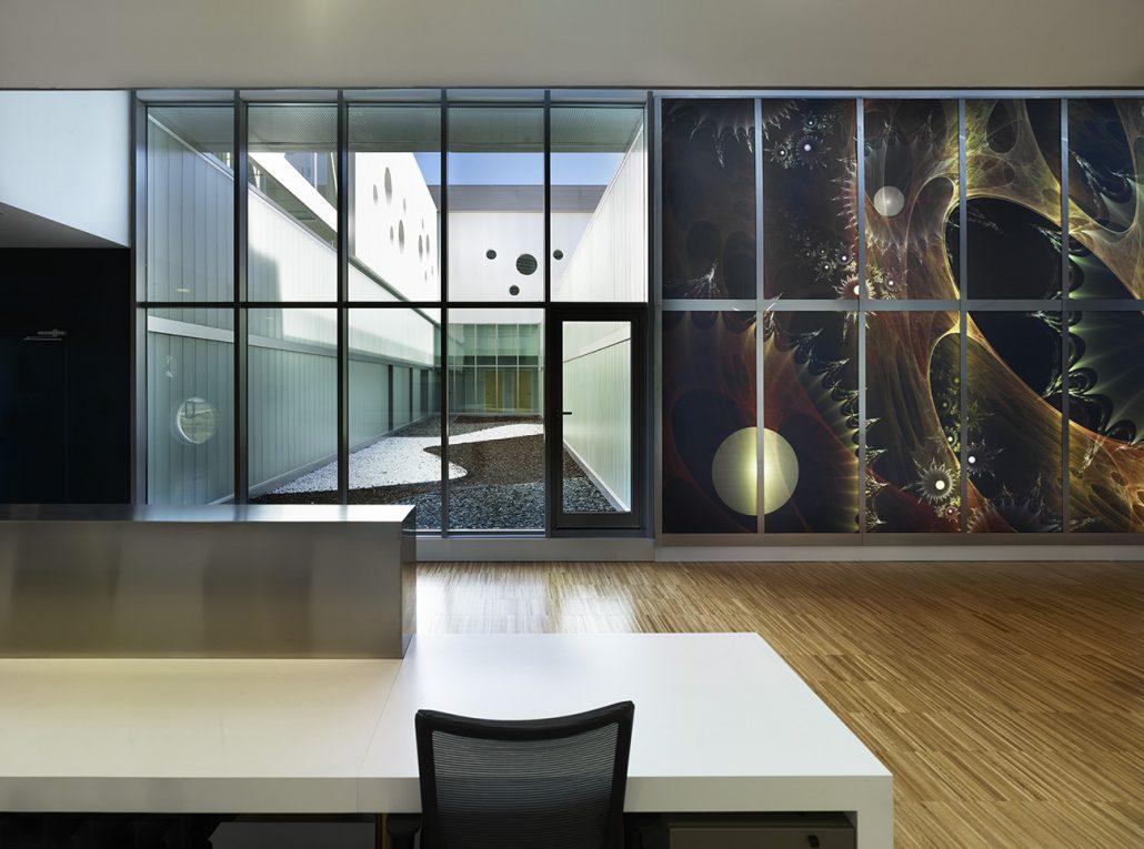 Interior edificio instalaciones de Inmunotek
